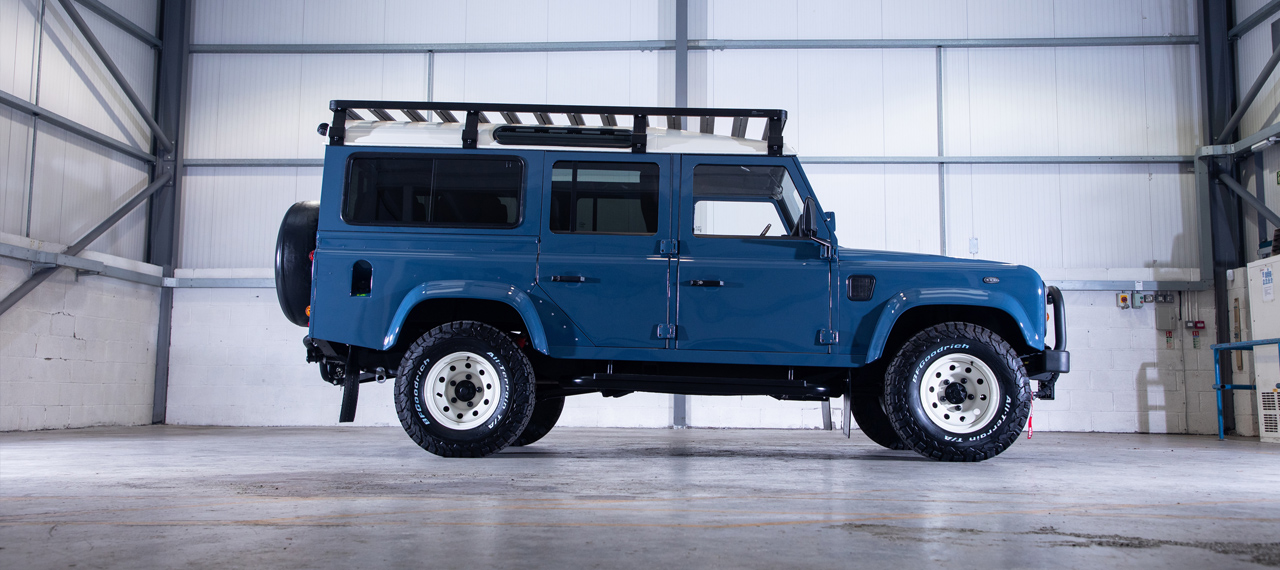 Stock alert: 1995 Defender 110 with Harris® tweed