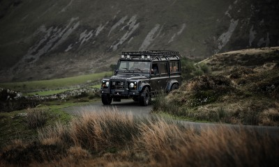 CATALYST: Land Rover Defender 110 restored by Arkonik