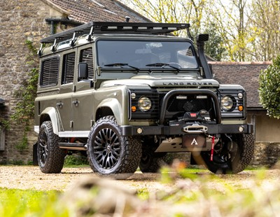 Range Rover Defender For Sale >> Defender 90 And 110 For Sale Customized Land Rover Defenders Hand